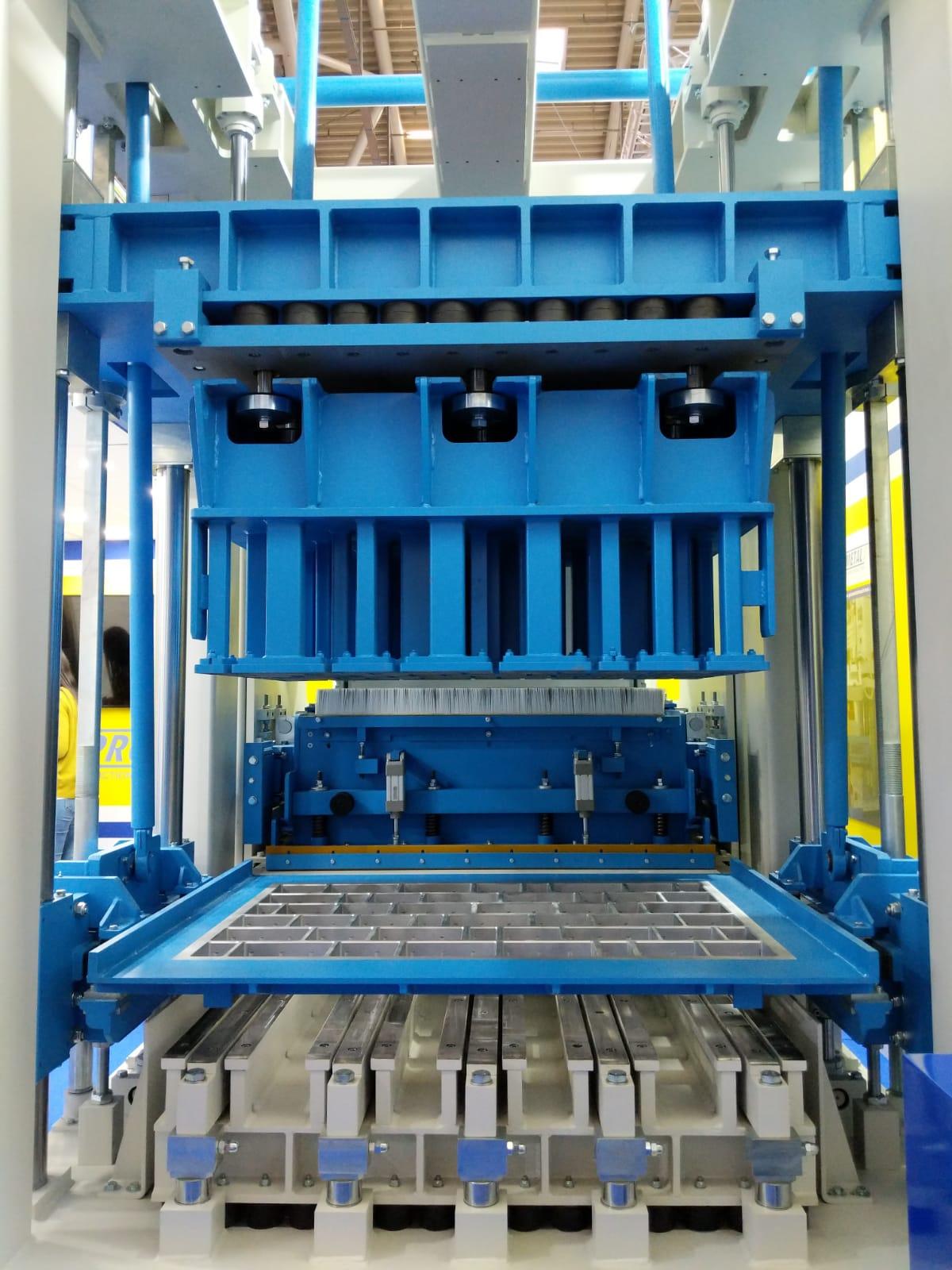 Stationary block machines